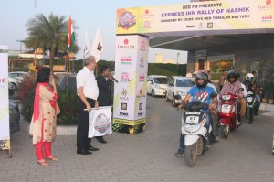 RON-2014-flag-off-IMG_4981